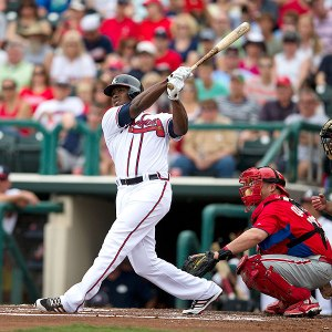 Justin Upton lead the Braves to a 12-1 record to start the season