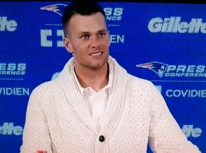 tom-brady-sweater-600x447