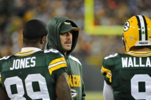 The Packers can't win with Aaron Rodgers in a hoodie